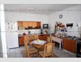 Apartament 3 camere, la casa, zona Barolomeu