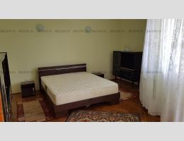 Apartament spatios 3 camere, Bartolomeu