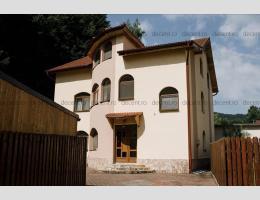 Casa, 11 camere, Noua, Brasov